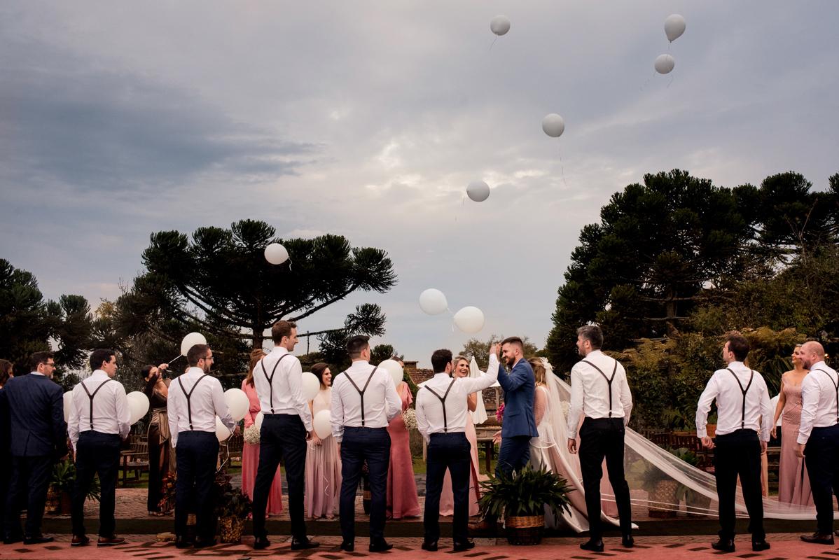 Imagem capa - Fotos de casamento de Paola e Thiago conquistam Prêmio Internacional por Aline Evelin