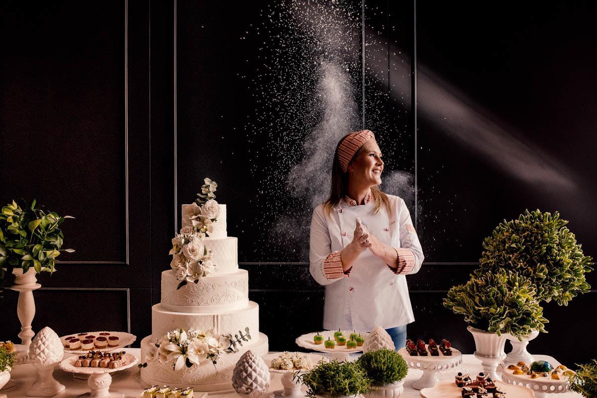 Imagem capa - Dos Casamentos Para o Mundo: a confeitaria de Andrea Bohlke por Aline Evelin