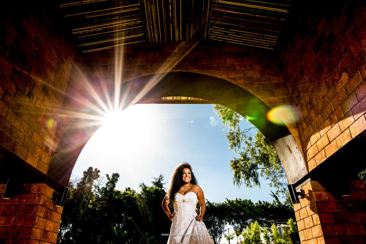 Ensaio fotografico da Jamilly, uma noiva afro muito bonita em um lindo vestido de noiva no Haras da lenda Brasilia- Df