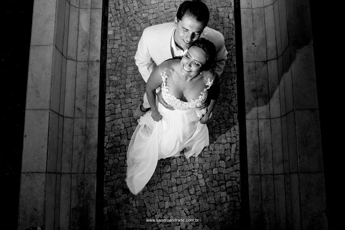 Os noivos, retrato feito do alto