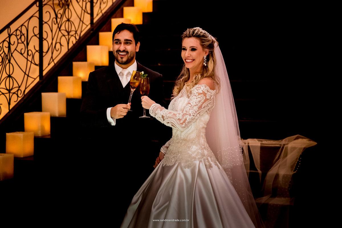 Brinde dos noivos, uma fotografia bem tradicional e que não pode faltar.