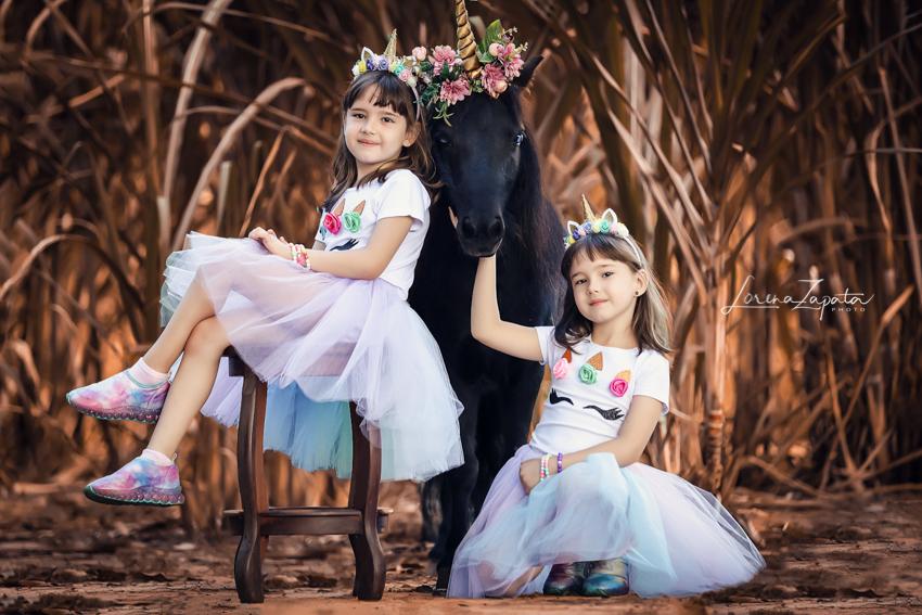 Imagem capa - 6 Aninhos Clara e Isa! por Lorena Zapata