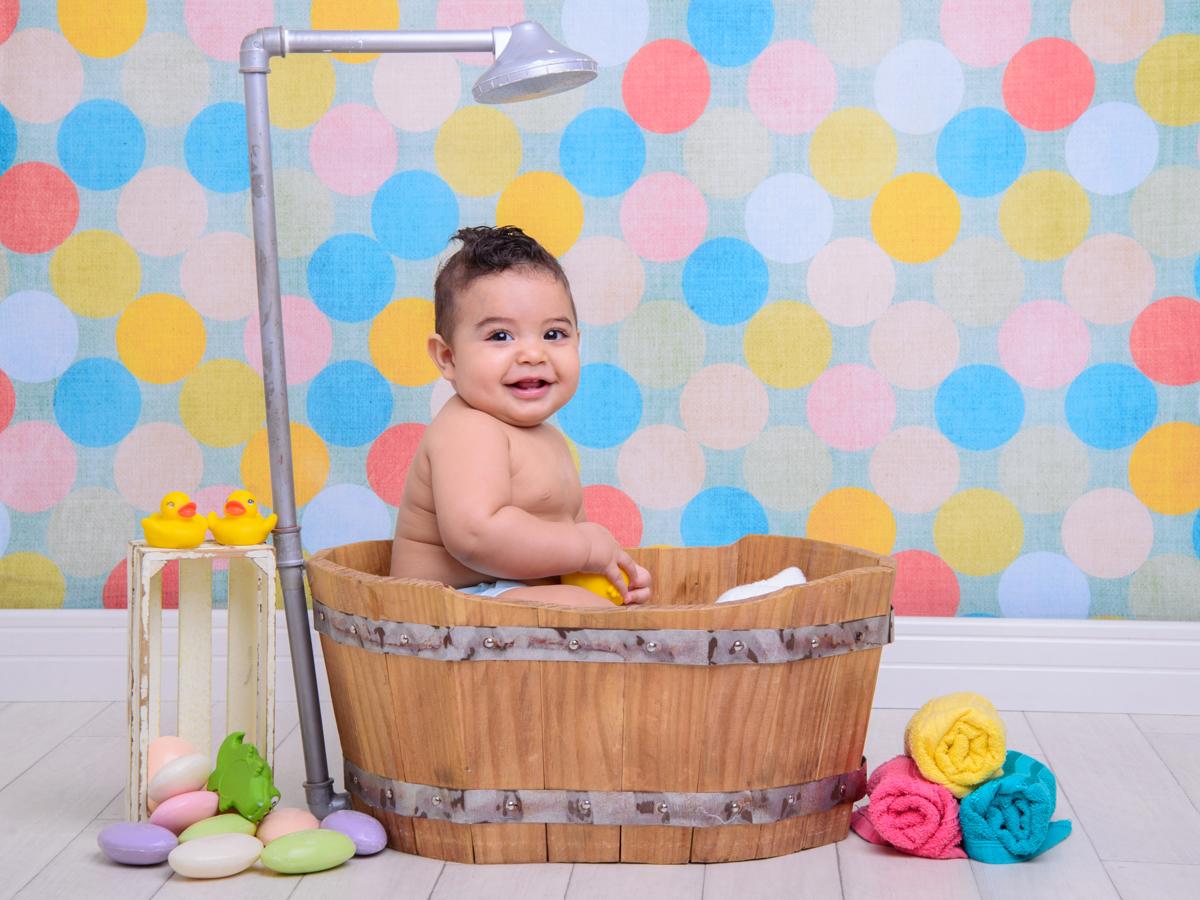 sessão de banho, toalha, sabonete, banheira, chuveiro, sabão, espuma, cores, fofura, patinhos.