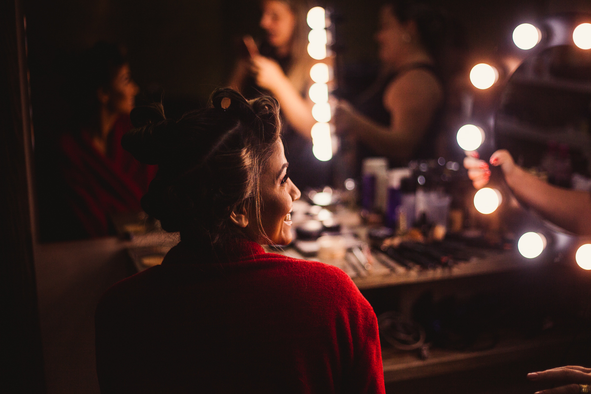 Fotografia Making-of da noiva realizado no Espaço Bruna Carvalho em Vila Velha, ES.