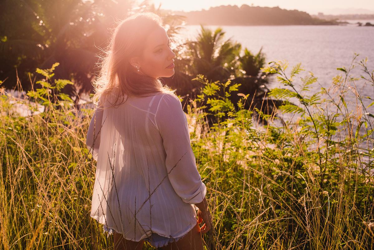 Ensaio fotográfico feminino. Ilha do Frade, Vitória-ES.