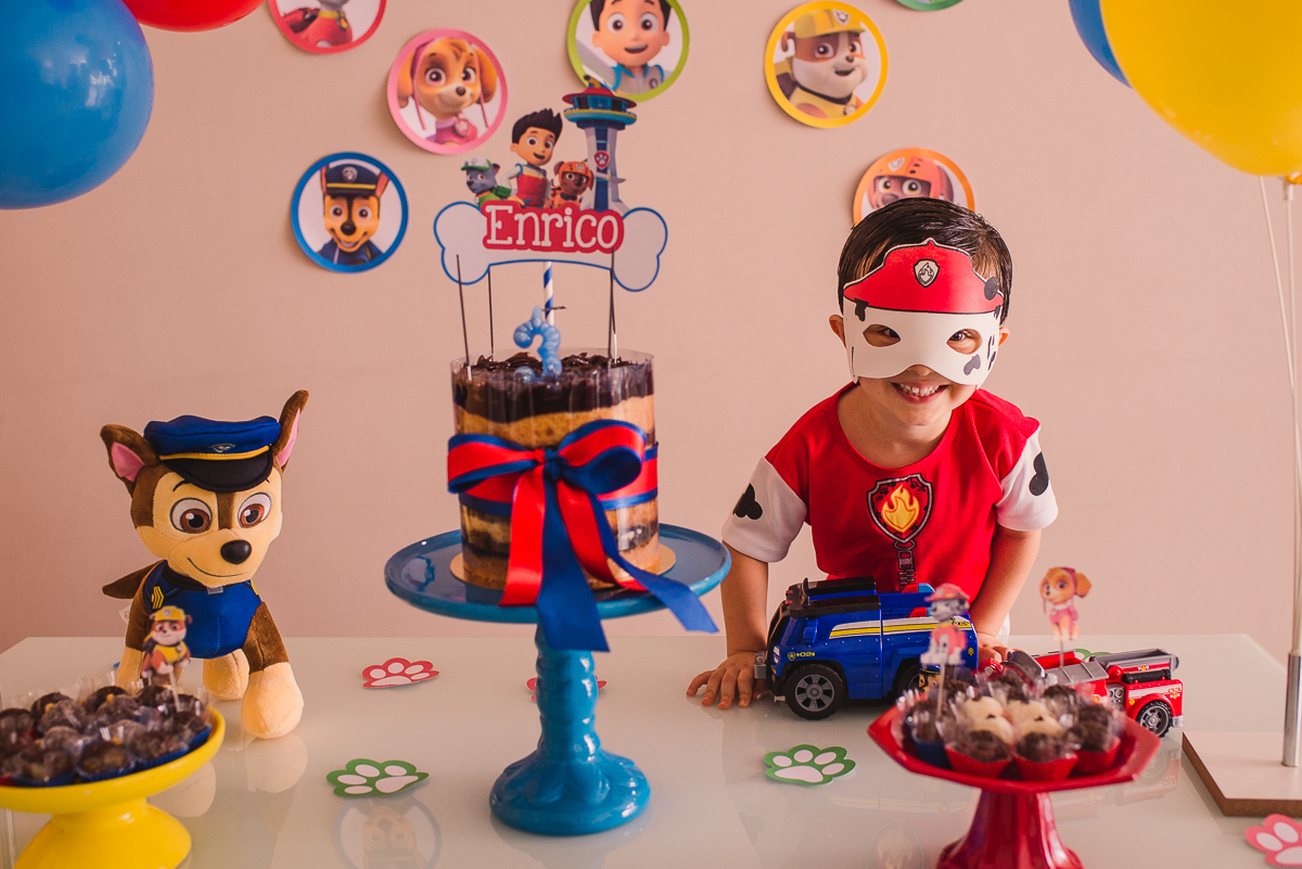 Mesa decorativa da festa infantil. Patrulha Canina. Vila Velha - ES. Itapuã