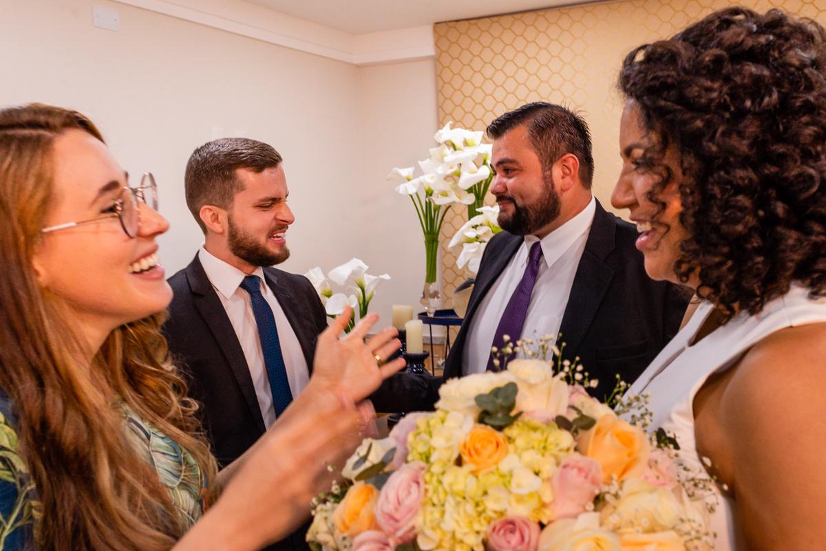 Festa de casamento - Momento de confraternização dos noivos com os convidados