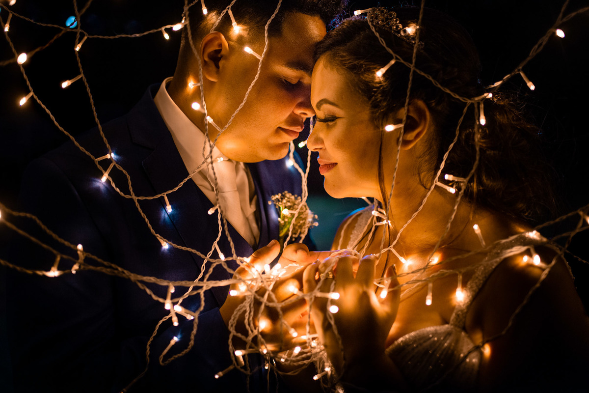 fotografia pos casamento noivos - serra balneario carapebus ES - luz de led casamento