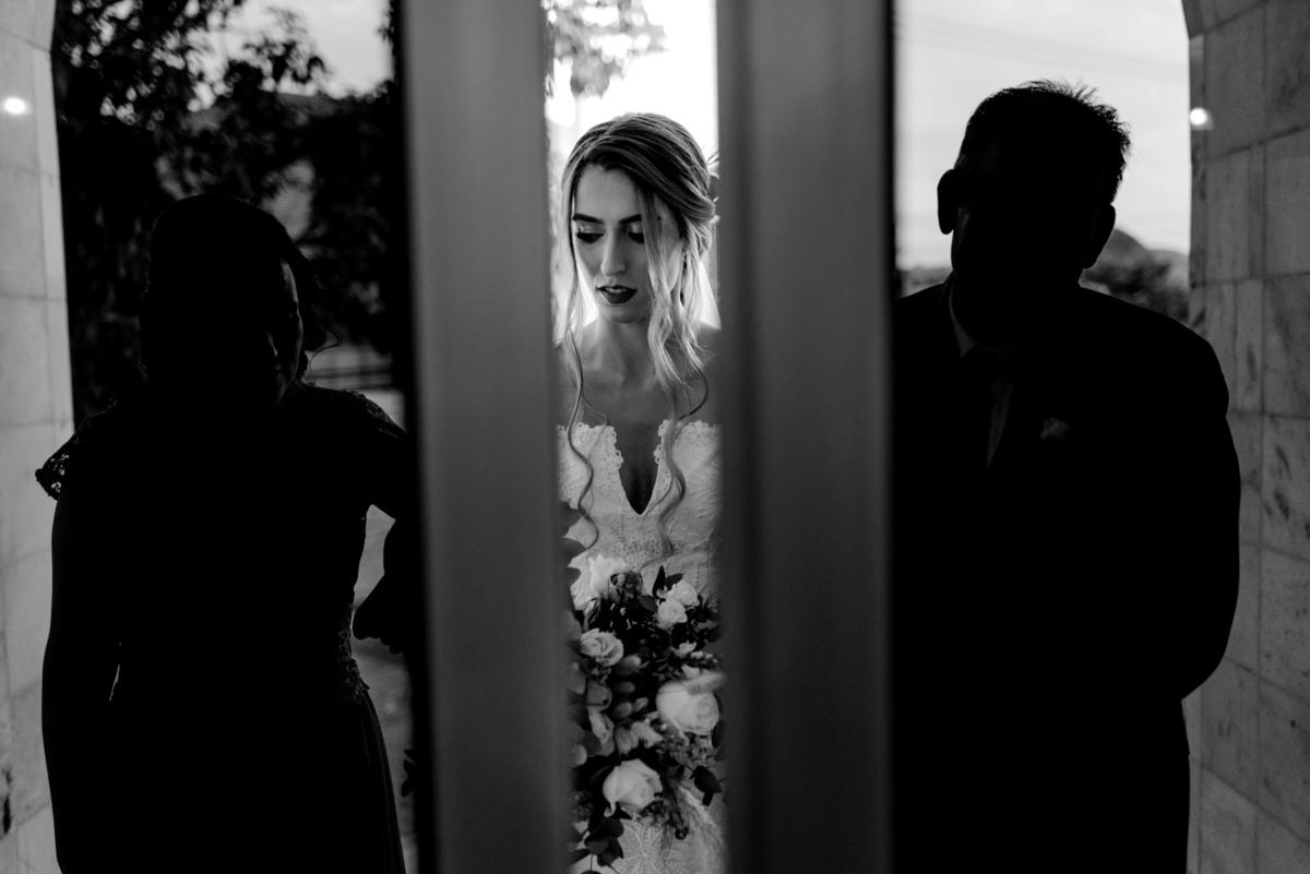 fotografia de casamento vitoria es - entrada da noiva - casamento igreja central de vitoria - casamento adventista - casamento de dia - casamento na igreja