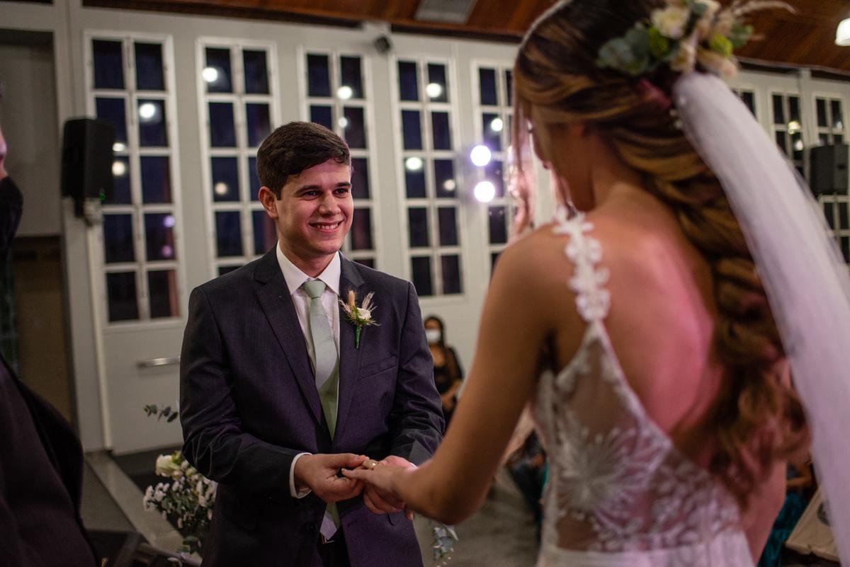 fotografia de casamento igreja adventista central de vitoria espirito santo - troca das aliancas