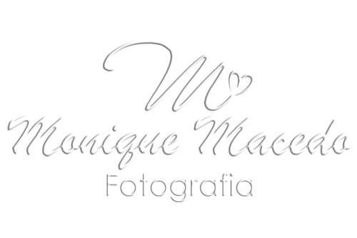 Logotipo de Monique Macedo