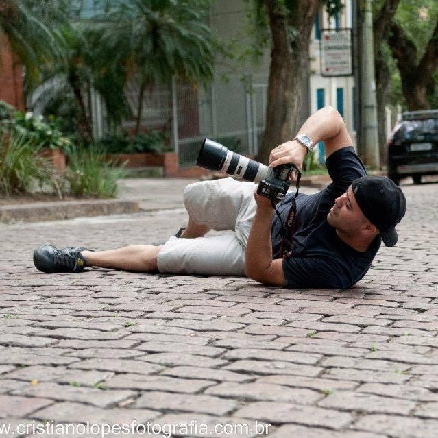 Sobre Cristiano Lopes Fotografia - Fotógrafo de Casamento, 15 anos e Eventos em Porto Alegre - RS