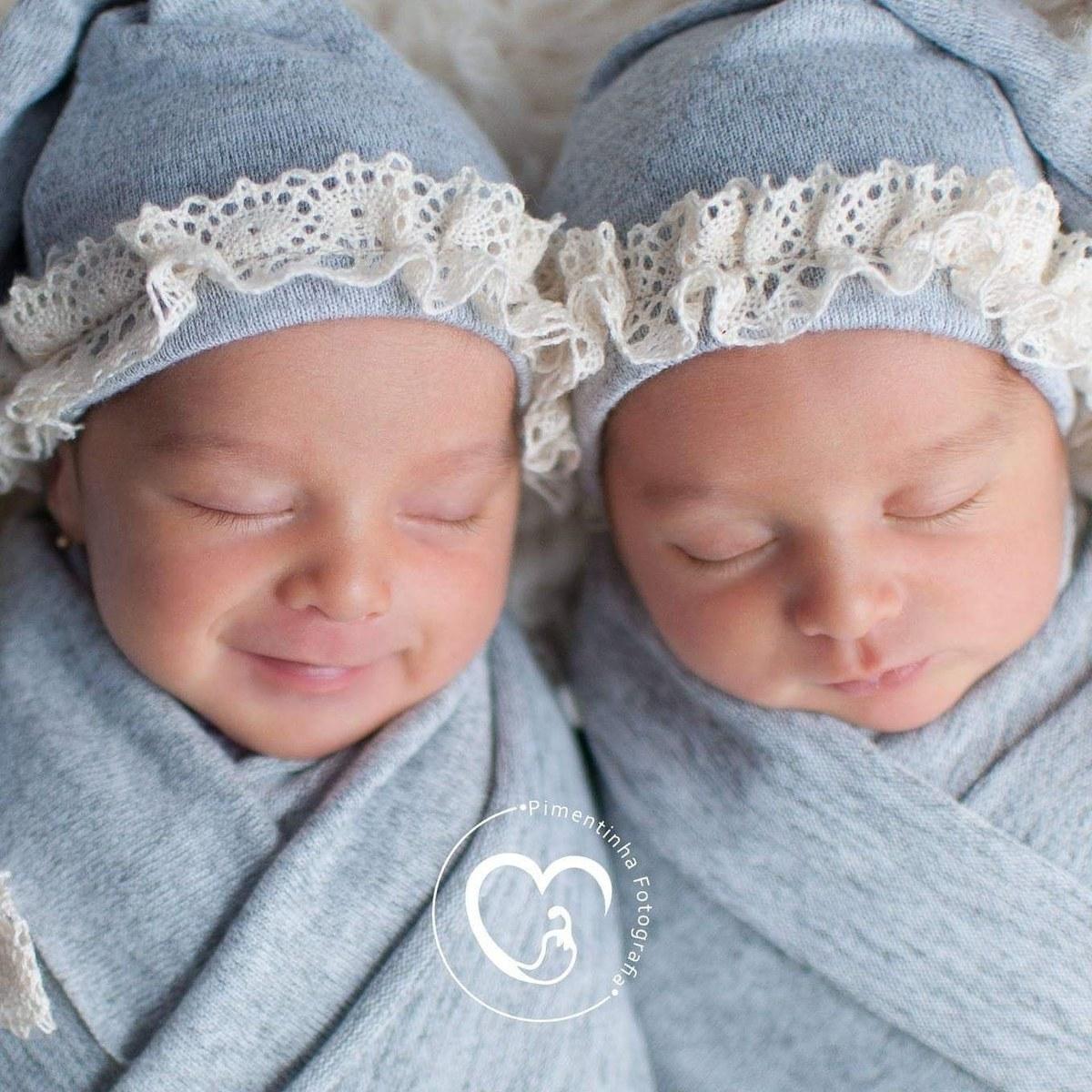 Imagem capa - 6 Motivos Para Fazer O Ensaio Newborn Do Seu Bebê  por Jaquelini da Rosa dos Anjos dos Santos
