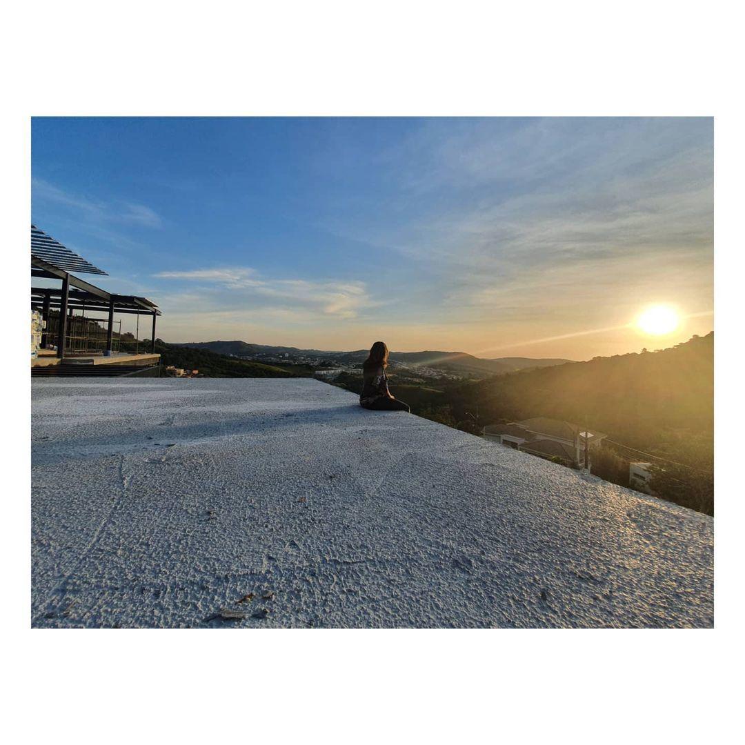 Imagem capa - 5 Dicas para escolher o terreno ideal  por Karina Pontes Arquitetura
