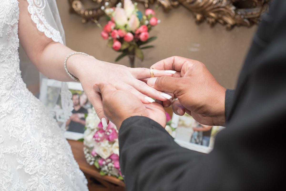 Imagem capa - O que você precisa saber sobre o casamento civil por Pedro Stanke