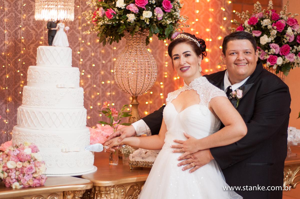 Imagem capa - 10 Coisas que toda noiva precisa fazer 15 dias antes do casamento por Pedro Stanke