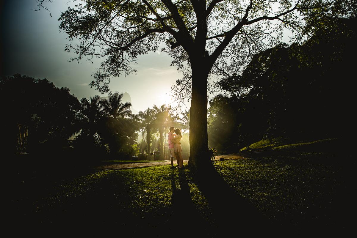Imagem capa - Ensaio Fotográfico Pré-wedding em Parques na Cidade do RJ por KA Estudio