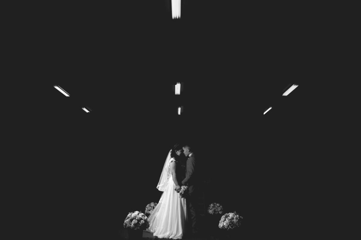 foto de casamento em preto em branco em são paulo
