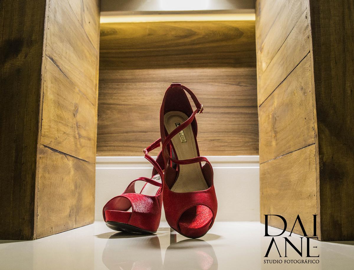 Imagem capa - Sapato para noivas.  por Daiane Maria da Silva