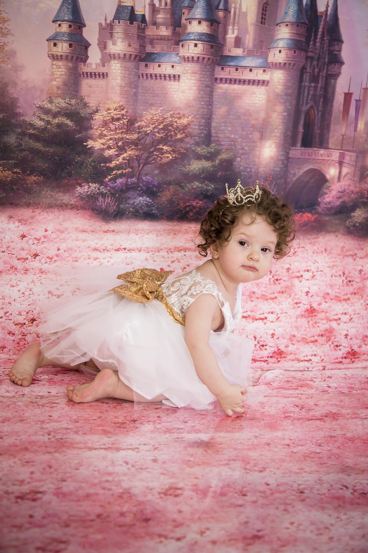 Bebe de 1 ano, tema princesa em ensaio fotografico