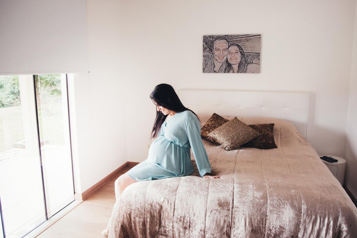 Mamãe apaixonada na sua espera, ensaio gestante Brasilia, lifestyle