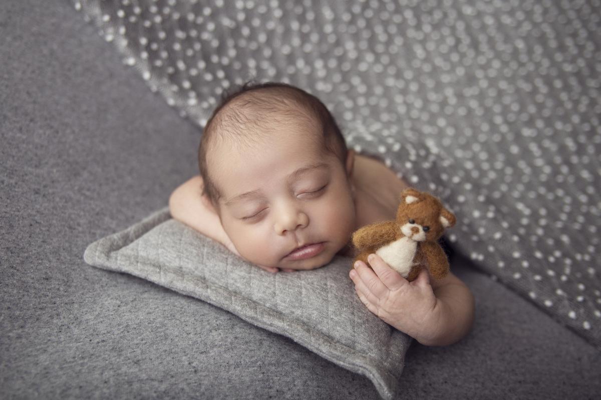 Newborn com ursinho com 16 dias, Newborn Brasilia