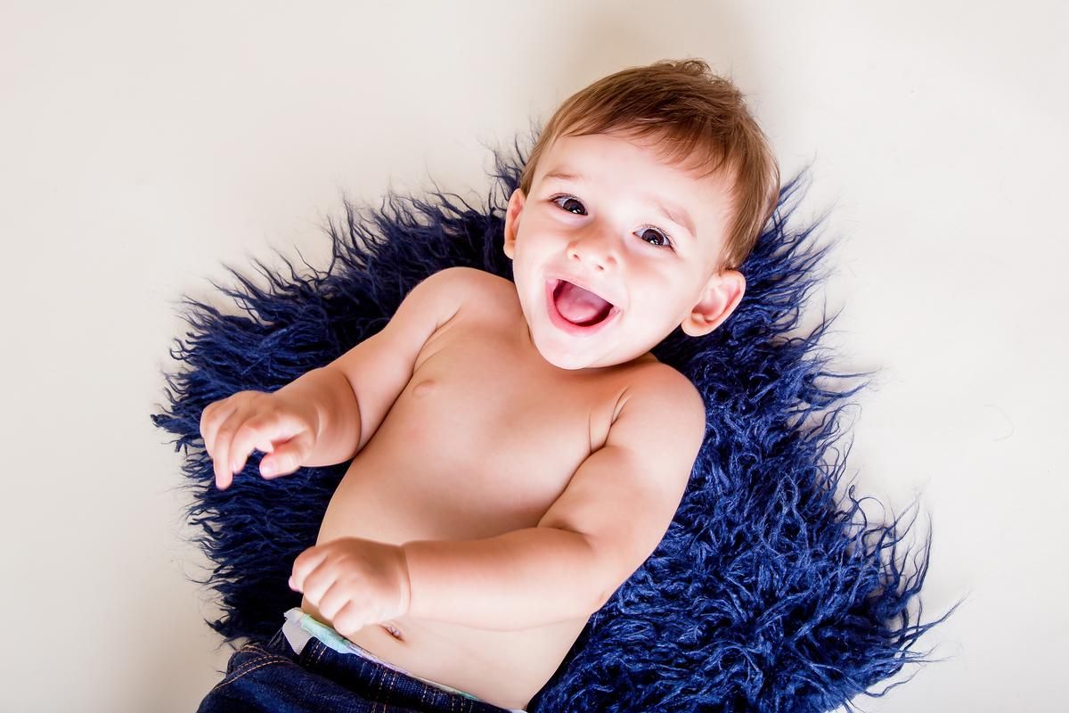 bebê de nove meses, sorrisos, acompanhamento