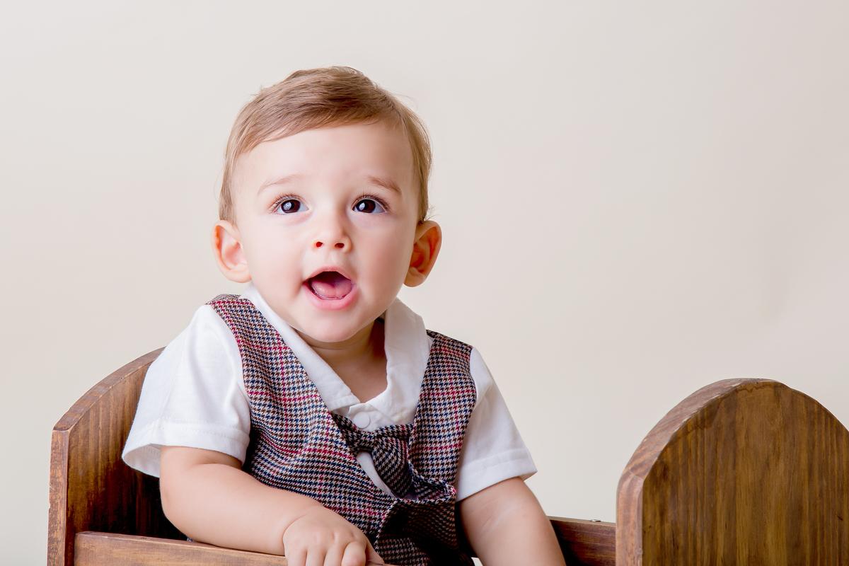 ensaio Brasilia, acompanhamento de bebê em seu orimeiro ano, dentro do bercinho