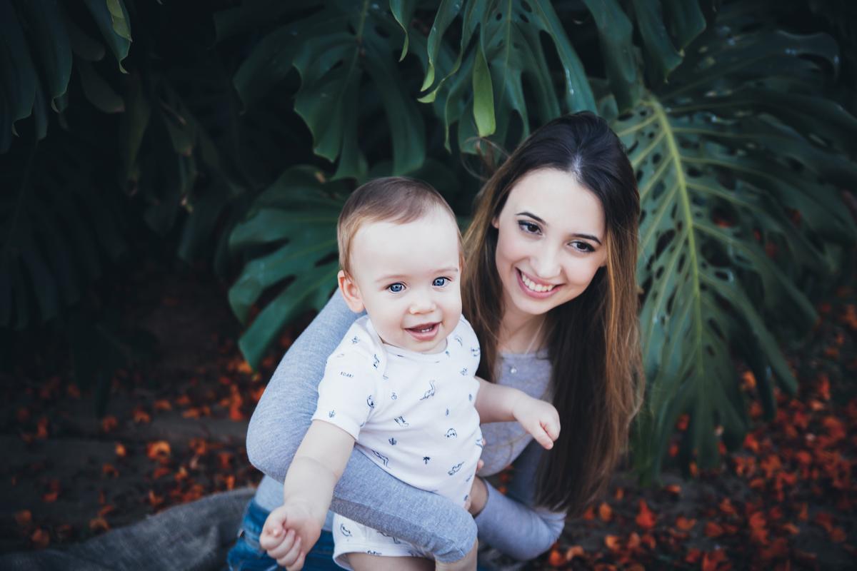 Mamãe e bebê, 11 meses, acompanhamento primeiro ano, ensaio externo Brasilia