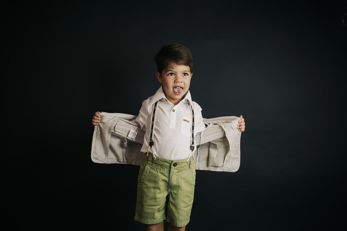 Fotografia menino de 6 an os, ensaio editorial em estúdio, fotografia infantil em Brasília