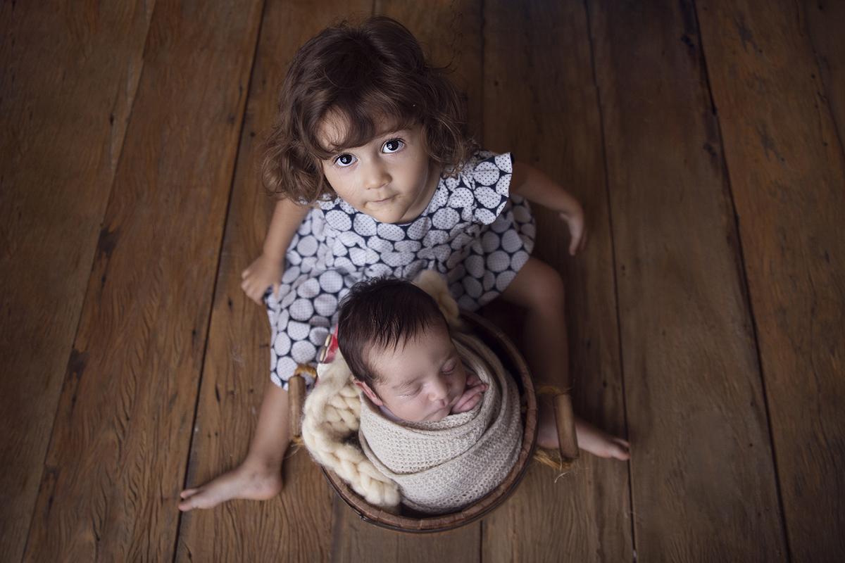 Irmãos no ensaio Newborn em Brasilia,