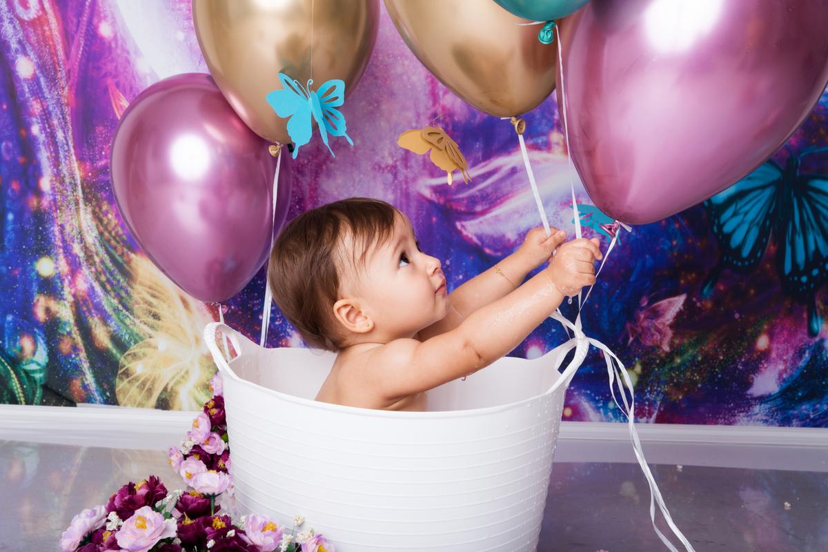 balões no ensaio smash the cake jardim borboletas