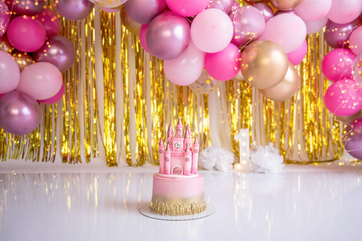 Smash the cake tema princesa, Gabi Aine