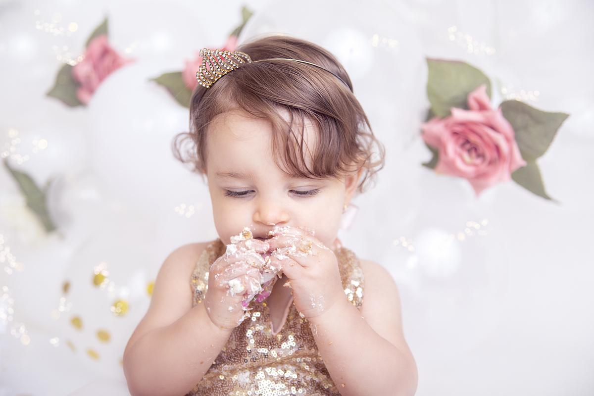 Smash the cake, lambança com o bolo primeiro ano do bebê em Brasília