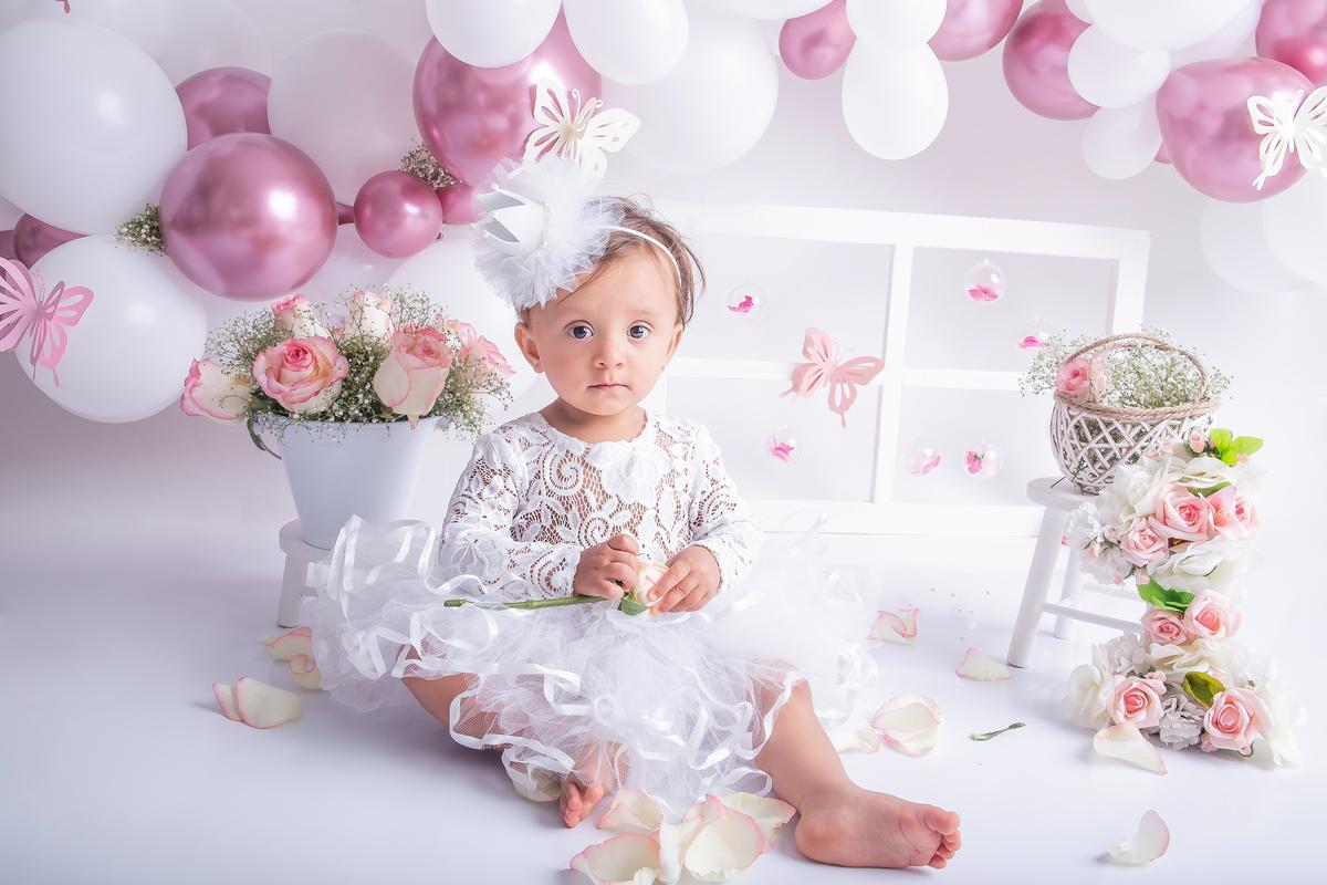 Smash the cake tema jardim rosa e branco