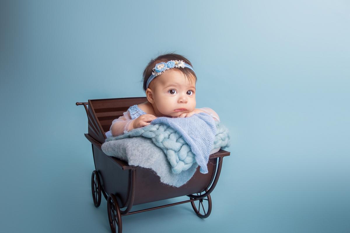 Ensaio acompanhamento primeiro ano Bebê menina àguas claras Brasilia DF