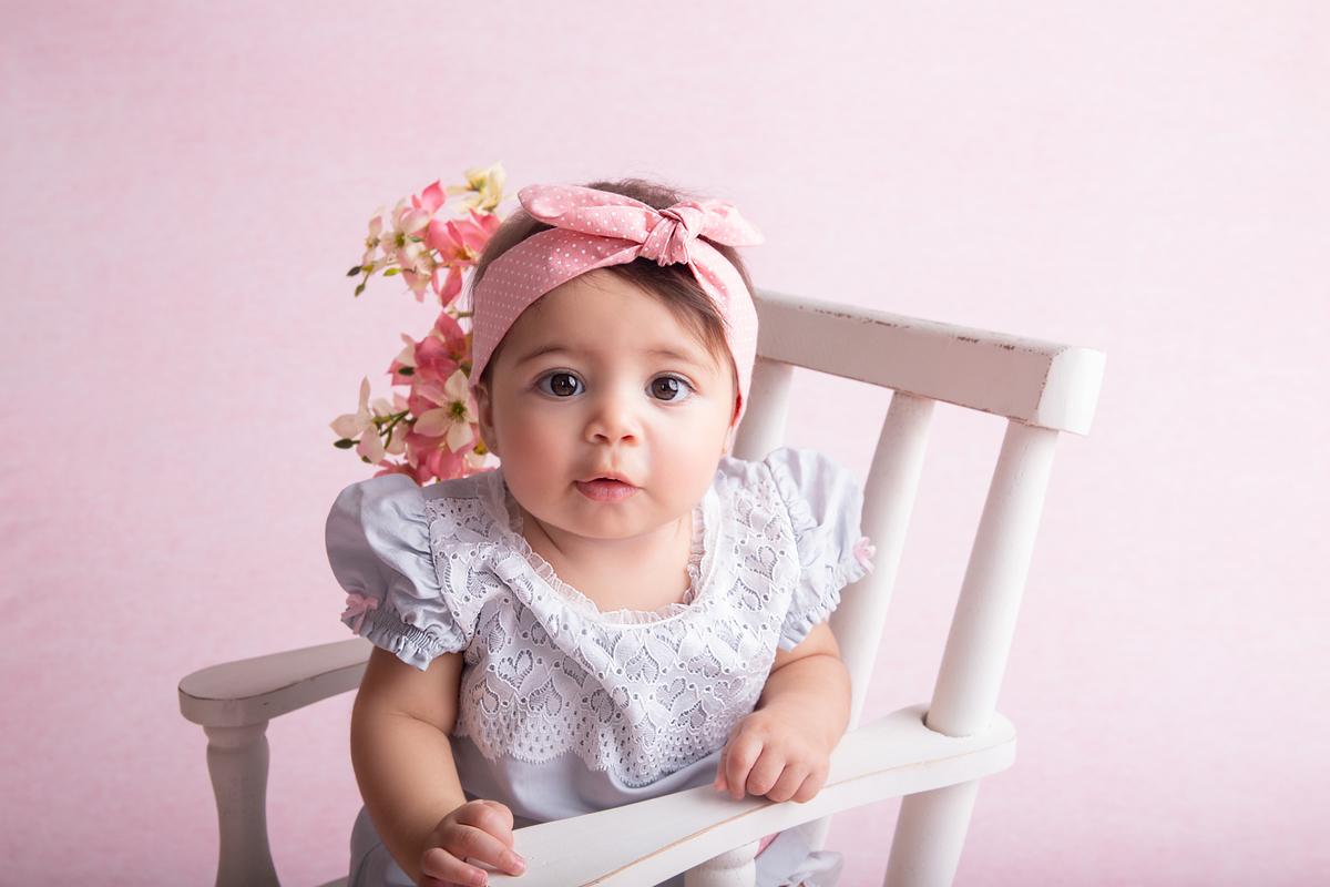 Fofura no ensaio de acompanhamento primeiro ano do bebê, Brasilia DF