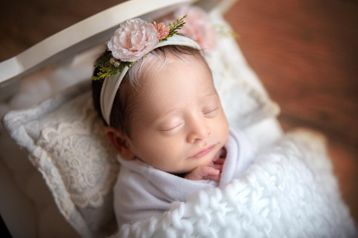 Pose ladinho, Piebaldismo, bebê 13 dias, águas claras, Gabi Aine