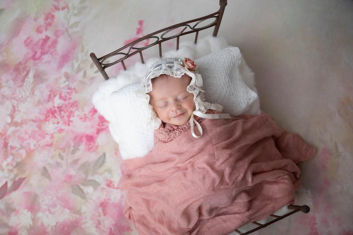 Bebê sorrindo, ensaio de recém-nascido Bebê menina. Book newborn, Newborn Seguro, DF