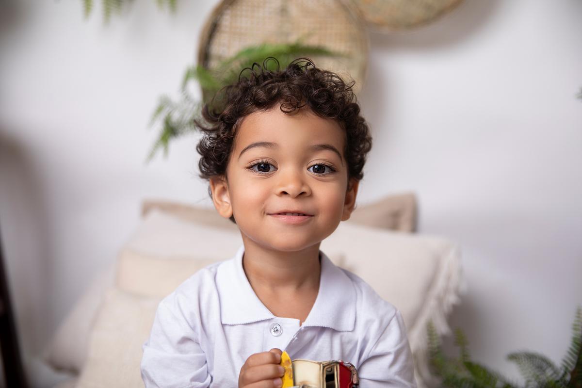 Ensaio de criança de 3 anos, menino, dia das mães em Brasília