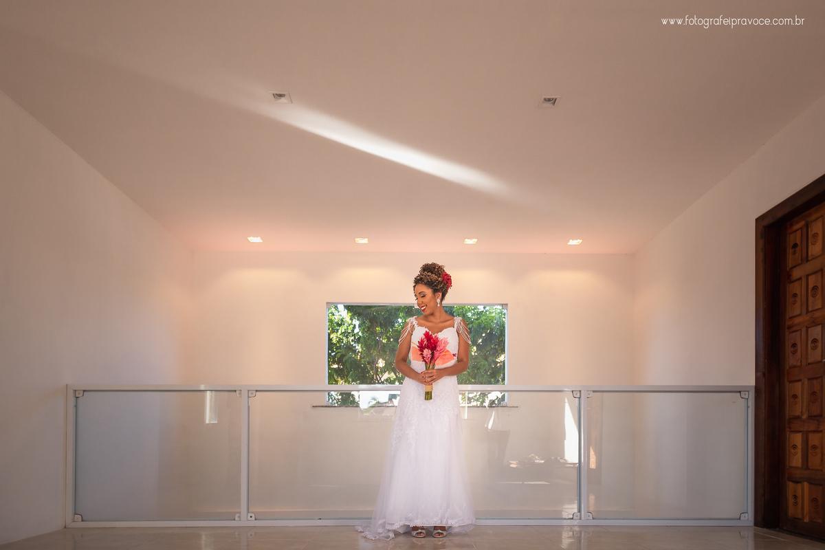 Imagem capa - Como Escolher Vestido de Noiva Ideal por Fotografei