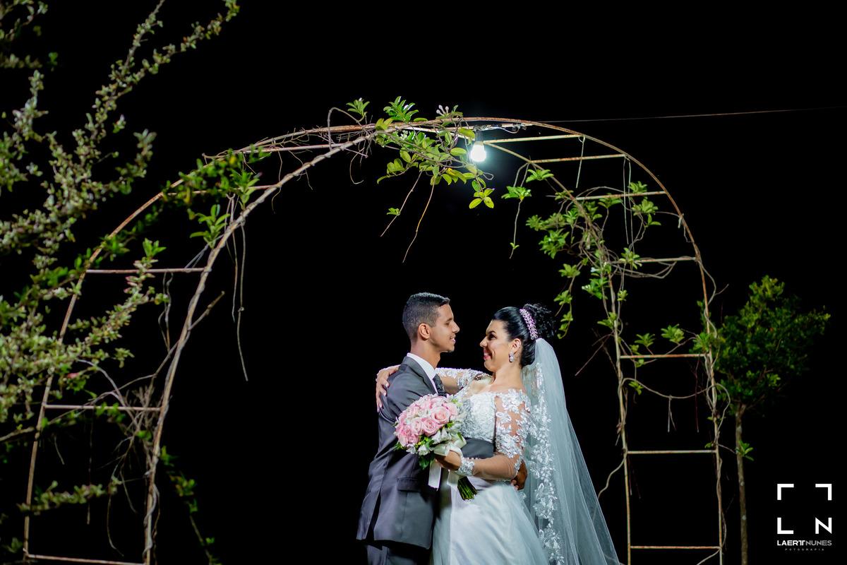 Imagem capa - Como nos sentimos ao casar? Bruna & Leandro por Laert Nunes