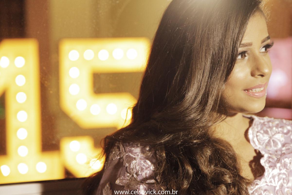 Fotos de Aniversário debutante Adhara realizado no Buffet Surreal Em Santo André, fotos Celso Vick
