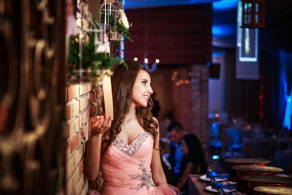 Fotografia Aniversário de 15 anos Debutante Nathalia | Buffet Grande Ville| Charmosa Mansão no ABC | Fotos Vinícius Nakashima | Estúdio Celso Vick | Fotografia espontânea