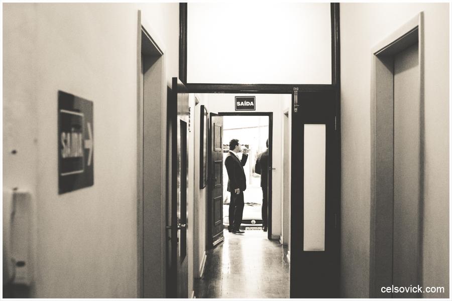 foto Capela da PUC Casamento da Marcella e Felipe| Realizado na Igreja Imaculada Conceição Capela da Puc | Fotos Vinícius Nakashima | Estúdio Celso Vick | Fotografia espontânea