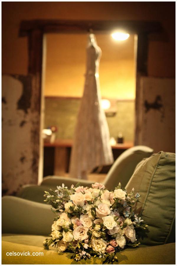 Veja Fotos de Casamento da Vanessa e Célio| Realizado no Espaço Vila Real - cidade de Embu das Artes | Fotos Vinícius Nakashima | Estúdio Celso Vick | Fotografia espontânea @celsovick