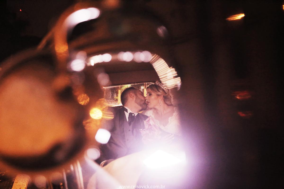 Foto de Casamento da Nathalia e Rafael| Igreja São José Ipiranga em São Paulo | Buffet Leonardo's| Fotos Vinícius Nakashima | Estúdio Celso Vick | Fotografia espontânea @celsovick