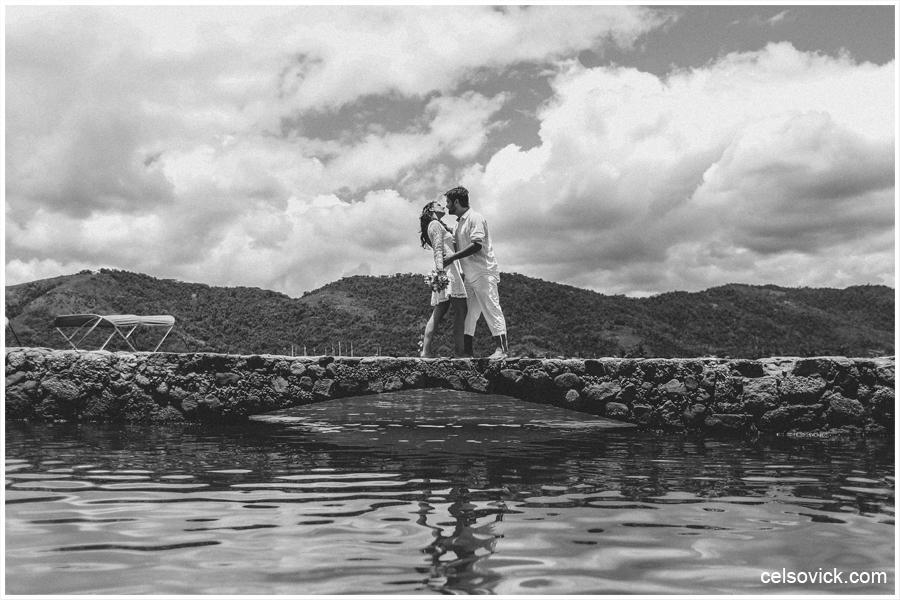 fotografias de ensaio fotográfico pré wedding realizado em Paraty RJ