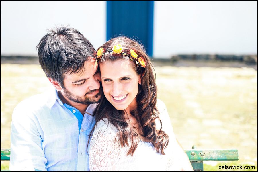 Fotografo do ensaio fotográfico pré wedding realizado em Paraty RJ