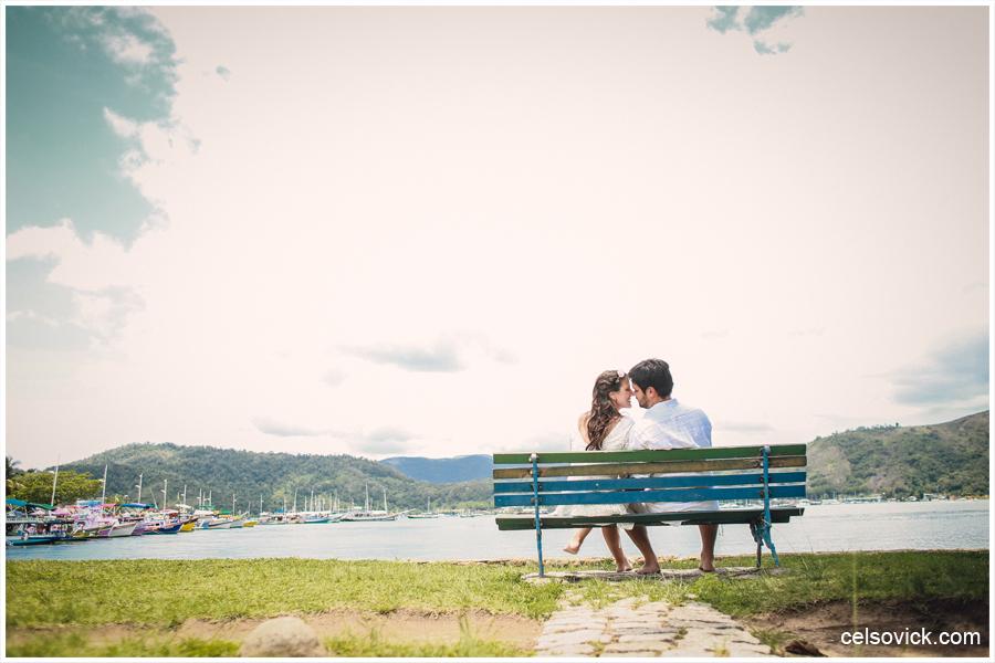 ensaio fotográfico pré wedding realizado em Paraty RJ